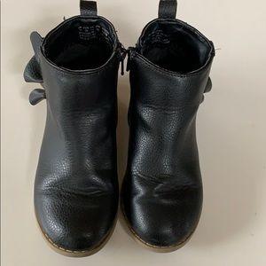 GAP Shoes - Ruffle Gap Booties